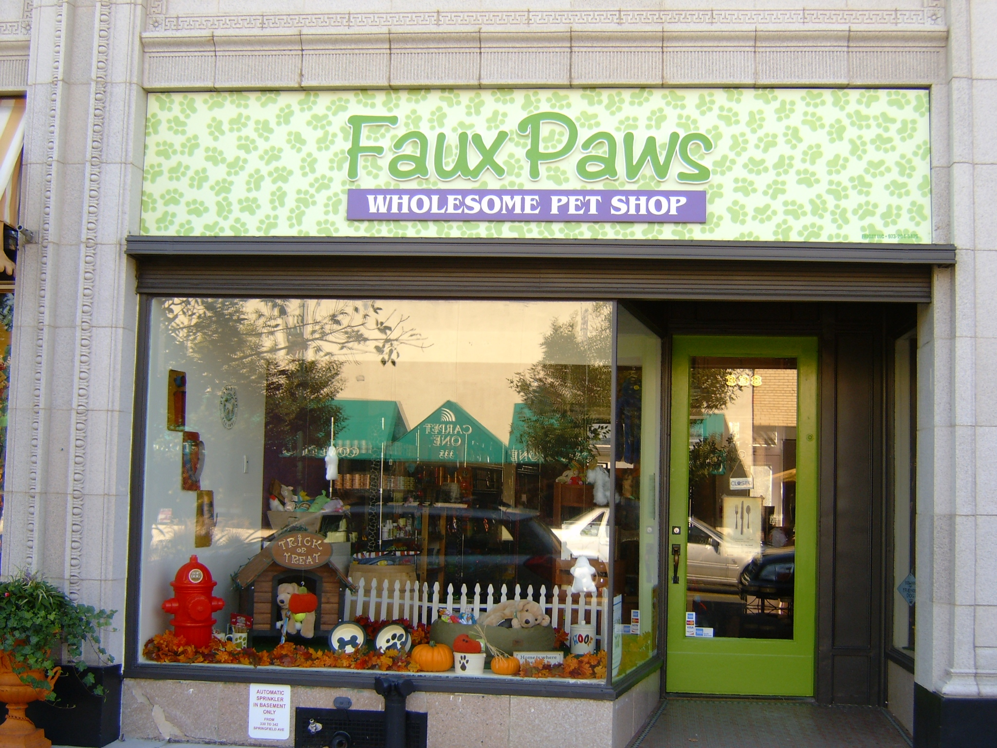 Faux Paws: A New Pet Store Concept Opens in Summit « theSummitzone